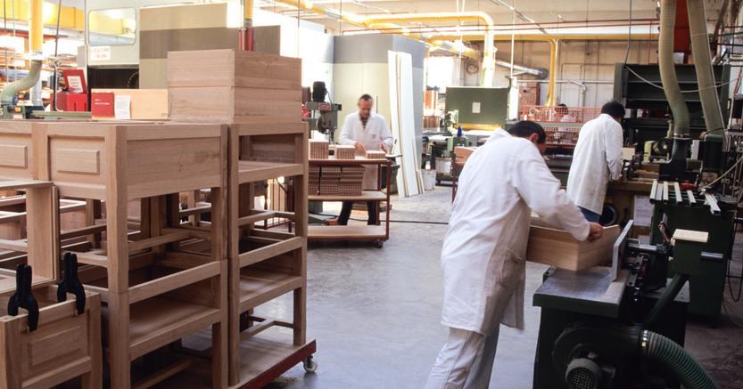 Studio pinotti ccnl industria legno nuovi minimi for Ccnl legno arredamento industria